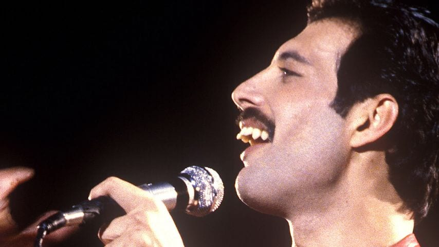 Freddy Mercury's Voice and His Teeth